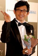 石田純一、ヨン様に恋愛のススメ