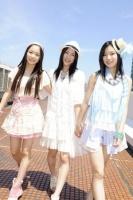 SKE48の(左から)石田安奈、松井珠理奈、矢神久美  (撮影:原田宗孝)