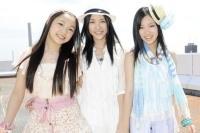 SKE48(左から)石田安奈、松井珠理奈、矢神久美  (撮影:原田宗孝)