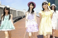 SKE48の(左から)木崎ゆりあ、松井玲奈、向田茉夏  (撮影:原田宗孝)