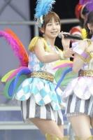 AKB48の篠田麻里子<br> 日産スタジアムコンサートの模様