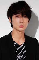 『2012年ブレイク俳優ランキング』2位の<br>綾野剛