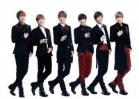 BOYFRIEND(左からドンヒョン、ジョンミン、ヨンミン、ミヌ、クァンミン、ヒョンソン)
