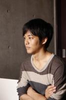 松坂桃李 映画『今日、恋をはじめます』インタビュー(写真:逢坂 聡)<br>⇒
