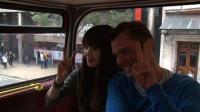 『いきものがかりドキュメント』番組カット<br> 吉岡聖恵ロンドンバス車内にて (C)NHK