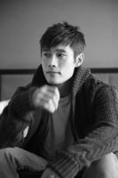 イ・ビョンホン 映画『王になった男』インタビュー(写真:jino Park(studio BoB))<br>⇒