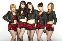 ℃-ute (左から)岡井千聖、矢島舞美、鈴木愛理、中島早貴、萩原舞