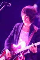 『Mr.Children[(an imitation) blood orange]Tour』横浜アリーナ公演の模様<br>田原健一<br>(撮影:渡部伸)