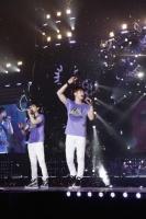 『東方神起 LIVE TOUR 2013 〜TIME〜』<br>ファイナル東京ドーム公演の模様 (左から)チャンミン、ユンホ