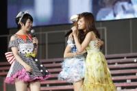 『AKB48 2013真夏のドームツアー』札幌公演の模様(C)AKS