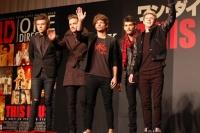 ワン・ダイレクション (左から)ハリー、リアム、ルイ、ゼイン、ナイル<br>ワン・ダイレクション『来日イベントでサプライズ生声熱唱☆日本の女子はかわいい!!』 ⇒