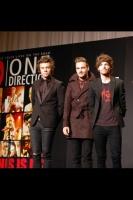 ワン・ダイレクション (左から)ハリー、リアム、ルイ<br>ワン・ダイレクション『来日イベントでサプライズ生声熱唱☆日本の女子はかわいい!!』 ⇒