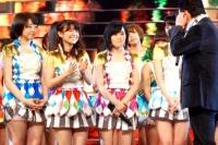『第64回NHK紅白歌合戦』の初日リハーサルに参加した<br>五木ひろしのステージに登場したAKB48<br>[出場43回目/「博多ア・ラ・モード」]<br><br>