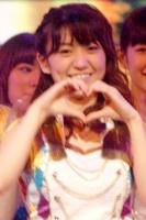『第64回NHK紅白歌合戦』の初日リハーサルに参加した<br>五木ひろしのステージに登場したAKB48の大島優子<br><br>