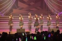『AKB48 ユニット祭り 2014』の模様<br>6曲目「遠距離ポスター」