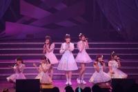 『AKB48 ユニット祭り 2014』の模様<br>16曲目「Stoicな美学」