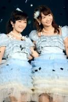 AKB48の渡辺麻友と柏木由紀