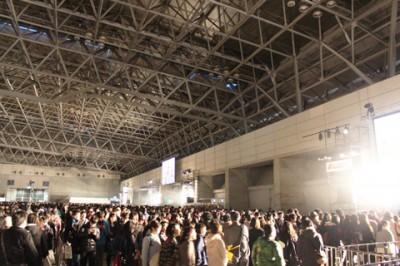 『闘会議2015』入場待機列の様子