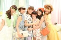 i☆Ris(左から)山北早紀、芹澤優、茜屋日海夏、若井友希、久保田未夢、澁谷梓希