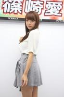 イメージDVD発売記念イベントに登場した篠崎愛(13年9月撮影)(C)De-View