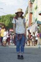 ドキュメンタリー番組『エシカルの贈りもの〜ハピネスをつくるデザイン〜』で訪れたフィリピン・パヤタス地区の街中にて