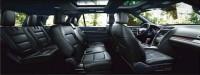 フォード『エクスプローラー』:大人でもゆったりと座れる3列シート。室内は圧倒的な広さを誇る。