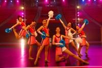 米サンディエゴ州立大学で行なわれた『チア☆ダン』全米チアダンス大会の撮影にて。チアリーダー部・JETSの部員を演じたキャストたち
