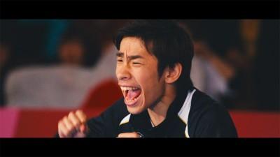 ももいろクローバーZ「BLAST!」のミュージックビデオに出演したプロフィギュアスケーターの織田信成
