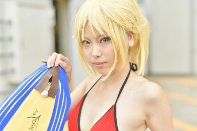 『Fate/Grand Order』サーフィンモードレッドのコスプレ あさみさん @DEAD_MANA_asami