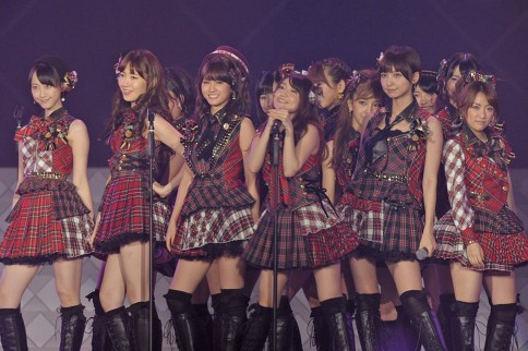 http://contents.oricon.co.jp/photo/photoImg/P/L/317/0_61190600_1345893755.jpg