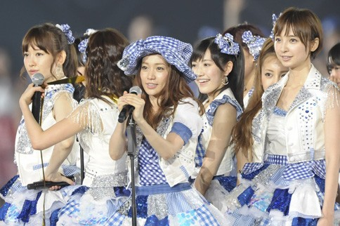 http://contents.oricon.co.jp/photo/photoImg/P/L/317/0_64539800_1345898184.jpg