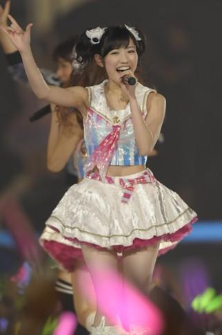 http://contents.oricon.co.jp/photo/photoImg/P/L/318/0_24648800_1345977181.jpg