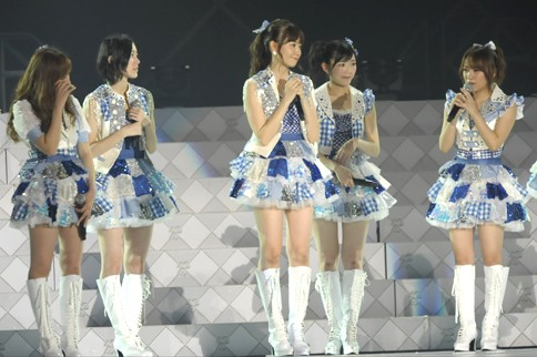 http://contents.oricon.co.jp/photo/photoImg/P/L/318/0_59654600_1345984112.jpg