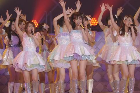 http://contents.oricon.co.jp/photo/photoImg/P/L/318/0_65426100_1345979534.jpg