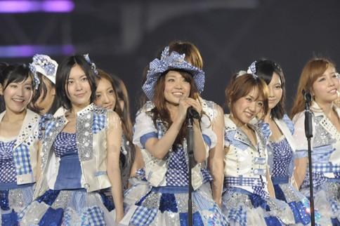 http://contents.oricon.co.jp/photo/photoImg/P/L/318/0_99080400_1345984118.jpg