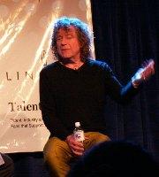 ロバート・プラント テキサス州SXSW2005で、レッド・ツェッペリンの楽曲をバンド編成で披露した。