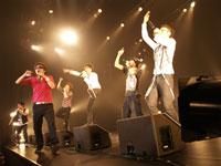 ライブハウスツアーのファイナル公演『LIVE Rally 2007』を開催したRAG FAIR