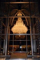 バカラ社の世界最大のシャンデリア