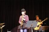 最新アルバム『Little Tiny』のリリース記念ツアー東京公演を行った矢野沙織