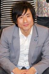 2連覇を達成したなだぎ武(昨年11月に行われた『R-1ぐらんぷり 2008』記者会見時)