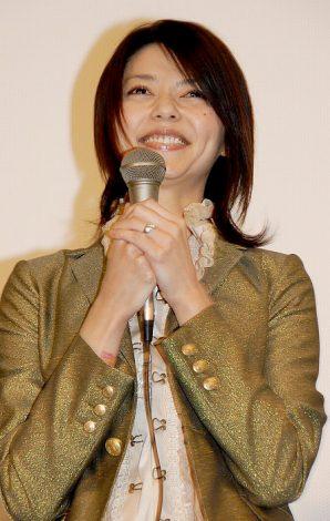 映画『HEY JAPANESE! Do you believe PEACE,LOVE and UNDERSTANDING? 2008−2008年、イマドキジャパニーズよ。愛と平和と理解を信じるかい?−』の初日舞台挨拶に登場した、川合千春