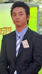 テレビ朝日系ドラマ『ロト6で3億2千万円当てた男』の制作発表会見に出席した石垣佑磨