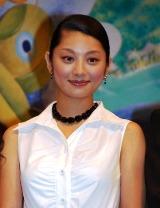 映画『パコと魔法の絵本』の完成披露記者会見に出席した小池栄子
