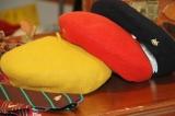 チャイルド ウーマンの『ネクタイ』と『ベレー帽』