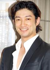 バレエ『エトワール・ガラ2008』の観劇に訪れた西島千博