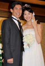 東京・帝国ホテルで、挙式および披露宴を行った高嶋政伸と美元