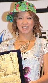 3年連続ベストジーニスト賞に輝いた倖田來未