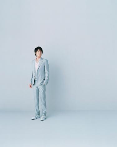 映像関連商品のキャラクターに起用された福山雅治