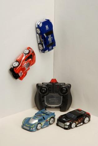 室内専用赤外線コントロールカー『エアロスパイダー』 4,725円(税込)