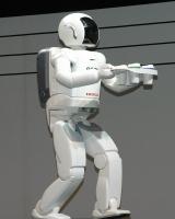 ホンダの『ASIMO』が行うデモンストレーション
